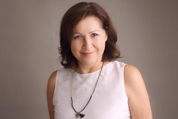 Hana Caltová, HR Director ve společnosti Kofola ČeskoSlovensko a.s., lektorka MBA v oblasti vedení lidí, lektorka kurzu HR Akademie a LEADERSHIP